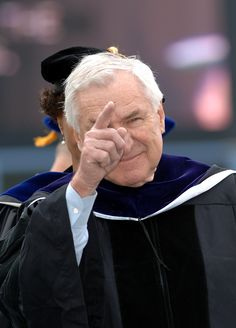 Dean Smith - So honored to be in the UNC class of 2007 with this guy! We cheered so hard for him when he got his honorary Doctor of Laws degree at our own graduation that it was almost ridiculous :-) Dean Smith, Unc Chapel Hill, Unc Tarheels, University Of North Carolina, Tar Heels, Carolina Blue, Michael Jordan, Athlete, People