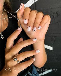 139 the stunning summer nail art designs for short nails page 59 Cute Acrylic Nails, Cute Nails, My Nails, Pink Nails, Minimalist Nails, Stylish Nails, Trendy Nails, Ongles Or Rose, Talon Nails