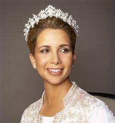 Princess Haya of Jordan wearing the Queen Alia Cartier Tiara - pretty sure I've pinned it before, but this is one of my most favorite tiaras!