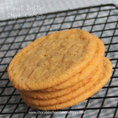 Peanut Butter Sugar Cookies-the best of a sugar cookie and a peanut butter cookie come together in these soft thin cookies. Butter Sugar Cookies, Chewy Peanut Butter Cookies, Peanut Butter Recipes, Chocolate Cookies, Chocolate Chocolate, Cookie Desserts, Cookie Recipes, Dessert Recipes, Bar Recipes