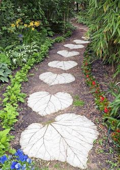60 Cool Garden Path And Walkway Ideas Design Ideas And Remodel 60 coole Gartenweg und Gehweg Ideen Design-Ideen und umgestalten Garden Projects, Garden Design, Pathway Landscaping, Garden Paths, Backyard Landscaping, Fairy Garden, Outdoor Gardens, Walkway Design, Beauty Gardens