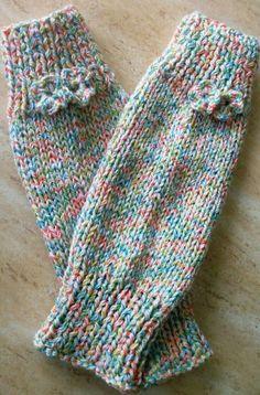 Polainas Baby Knitting Patterns, Knitted Mittens Pattern, Crochet Slipper Pattern, Knit Mittens, Crochet Slippers, Knitted Gloves, Knitting Socks, Knit Crochet, Hand Knitting