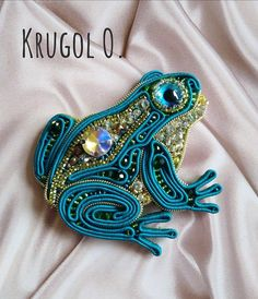 Soutache Jewelry, Beaded Brooch, Shibori, Jewelry Accessories, Best Gifts, Beads, Womens Fashion, Instagram Posts, Butterfly