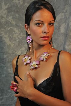 Natural pansy earrings with quartz and coral drops, natural orchids necklace, simple and elegant!