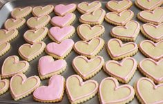 Princess Emulsion flavored cookies  Glaze Icing Recipe {printable}  4 cups powdered sugar  1 tablespoon corn syrup  2 tablespoons water (more may be needed)  1 teaspoon vanilla extract ( or flavor of your choice)  a few drops of food coloring (I use Americolor gel colors)  Mix the powdered sugar