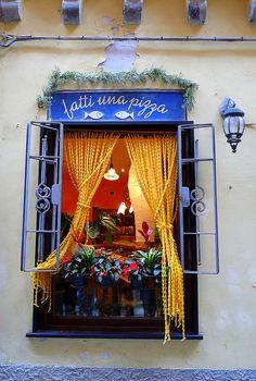 Pizzeria 'Fatti Una Pizza' - Porto Venere, Italy