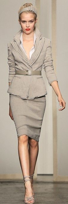 Stunning #Work #Attire. Isn't it ? #Fashion for the #Office #Professional #Business