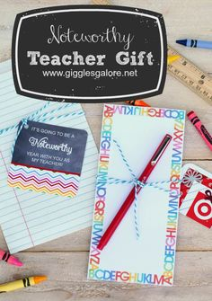 Free Printable Teacher Gift Tags! Cute DIY gift Ideas for teacher appreciation or back to school.