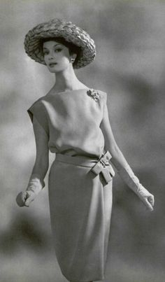Lanvin-CastIllo Ensemble, 1961 Women's vintage fashion photography photo image
