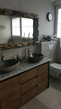 Driftwood mirror/riverstone sink