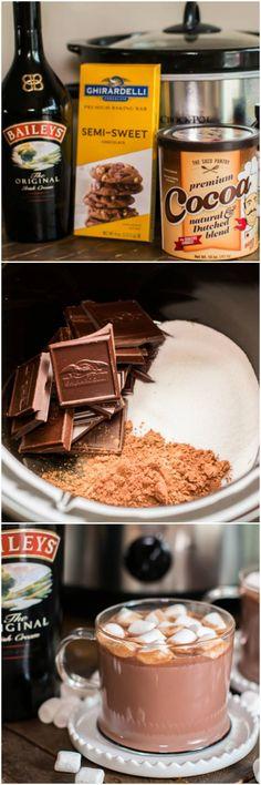 Slow Cooker Baileys Irish Cream Hot Chocolate. I'm making this for Christmas!