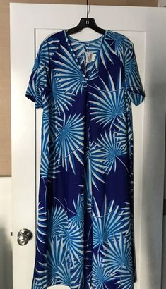 6eba3b96d7 Vintage Paradise Hawaii Blue and White Floral House Dress/ Vintake Kaftan  or Muumuu