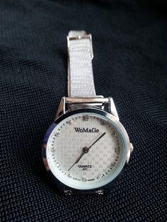 http://www.vinted.pl/akcesoria/bizuteria/11640621-srebrny-zegarek-z-cyrkoniami