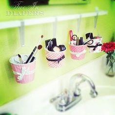 Cute make up storage idea!