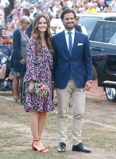 Princess Sofia of Sweden and Prince Carl Philip of Sweden during the occasion of The Crown Princess Victoria of Sweden's birthday celebrations at Borgholm Sports Arena on July 2018 in Oland, Sweden. (Photo by Michael Campanella/Getty Images) Princess Sofia Of Sweden, Princess Victoria Of Sweden, Crown Princess Victoria, Prince Carl Philip, Estilo Real, Handsome Prince, New Wife, Swedish Royals, Celebrity Dresses