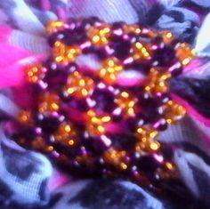 Perline creata ora per i vostri fazzoletti e anche un idea per i capelli ci piace?