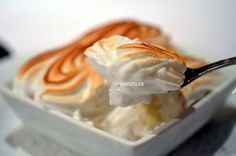 baked alaska Food Pics, Food Pictures, Serenade Of The Seas, Baked Alaska, Royal Caribbean Cruise, Entrees, Icing, Appetizers, Thanksgiving