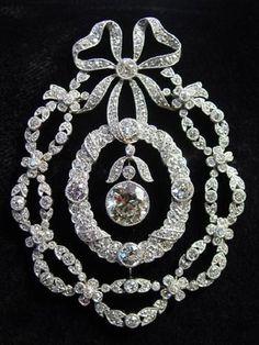 Gorgeous #DiamondBrooches