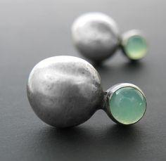 Crisoprasio e borchie d'argento Pebble di ashleyjewelry su Etsy