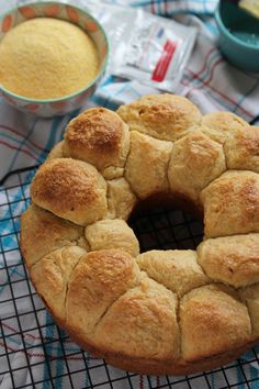 Corn Cheddar Bubble Loaf | A marvelous pull-apart bubble loaf that can be made the day before, refrigerated overnight and baked before serving. Great for summer barbecues or serve with hearty winter soups.