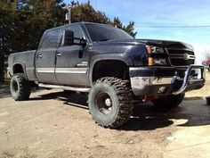 lawdd have mercy <3 Silverado Truck, Lifted Chevy Trucks, Chevy Pickups, Jeep Truck, Gmc Trucks, Diesel Trucks, Cool Trucks, Chevrolet 2500, Chevrolet Trucks
