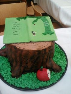 The Giving Tree Cake // cakes inspired by books on Buzzfeed