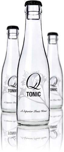I don't like Tonic, but LA does, and when she has a gin tonic or vodka tonic, she prefers Q Tonic Water. One of the main reasons: Agave instead of sugar or high fructose corn syrup Vodka Tonic, Gin And Tonic, Best Tonic Water, Refreshing Cocktails, Summer Cocktails, Vides, Water Me, Bottle Packaging, Bottle Design