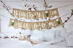 Banner de arpillera Baby in Bloom, Baby shower party, Baby shower floral, Plant baby shower, Boho Baby Shower, Baby Shower Floral, Fiesta Baby Shower, Baby Girl Shower Themes, Baby Boy Shower, Baby Shower Banners, Wildflower Baby Shower, Garden Baby Showers, Star Baby Showers