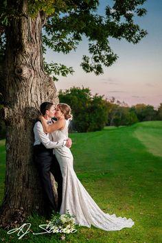 AJ Studio-Cincinnati Wedding Photographers