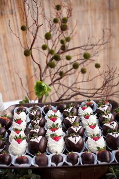 Wedding Chocolate Covered Strawberries ~  we ❤ this! moncheribridals.com   #weddingdesserts