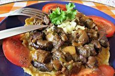 Dušené houby na palačince.....http://www.receptyonline.cz/5-x-variace-na-houbovou-smazenici--2838.html