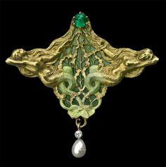 JOE DESCOMPS 1872-1948  (EMMANUEL-JULES-JOSEPH)  Art Nouveau Mermaid Pendant / Brooch   Gold Plique-à-jour enamel Emerald Pearl  The brooch pin marked LG flanking a horn for Leon Gariod  French, c.1900