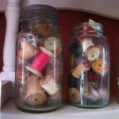 Wooden Spools in vintage Canning Jar. Vintage Mason Jars, Vintage Laundry, Arts And Crafts, Diy Crafts, Wooden Spools, Thread Spools, Canning Jars, Madness, Quilting