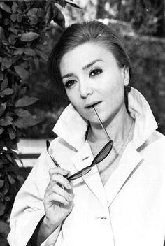 Amparo Soler Leal (Madrid, 23 de agosto de 1933 - Barcelona, 25 de octubre de 2013), actriz.