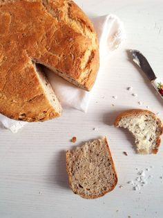 Yogurt Flaxseed Bread | @whereismyspoon