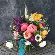 Design*Sponge's Favorite Florists on Instagram: instagram.com/victoryblooms
