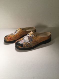 ICON US 7.5M Gustav Klimt Water Serpents Brown Patent Leather Mules Shoe