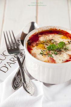 Baked Mozzarella with Tomato Sauce