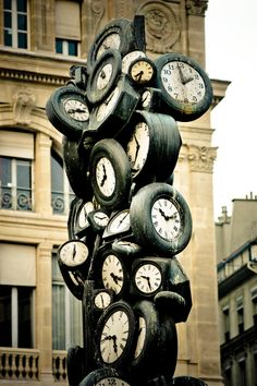 Running late?! #Paris, Gare Saint-Lazare #clocks #France: I most assuredly need this in my home! Best alarm clock EVER!