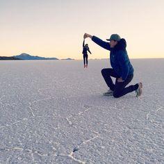 #hangingaround One of those things you do when finally arriving at the salt flats after a 3 days ride through the Andes. #bolivia #salt #sunrise #newperspective #travelsouthamerica #keepdiscovering #smallthingsmatter #boliviatravel #instalindos #sunriseporn #salardeuyuni #uyunisaltflats #saltflats #uyuni #travellife by lindosjourney