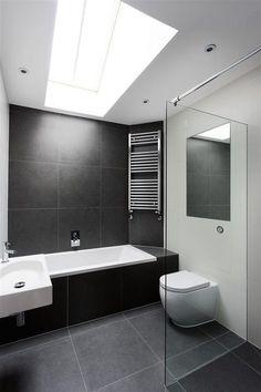 12 Black Bathroom Floor Ideas Black Bathroom Floor Ideas - Get Inspired with 25 Black and White Bathroom Design Ideas Modern black and white bathroom with black tile & matte Black Bathroom Floor, Black White Bathrooms, White Bathroom Tiles, Modern Bathroom Decor, Bathroom Floor Tiles, Bathroom Renos, Bathroom Interior, Bathroom Ideas, Wall Tiles