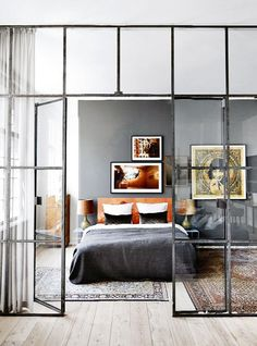 An interior home design resource that offers online design services and an online home deco shop. Home Interior, Interior Architecture, Interior Windows, Bedroom Windows, Windows Office, Stylish Interior, Bedroom Curtains, Studio Interior, Interior Design Wall