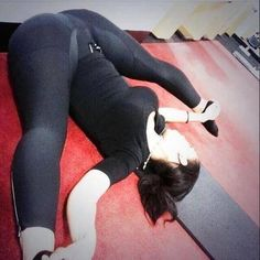 CAMELTOES AND YOGA PANTS BEST COMBO EVER (Photo Album)