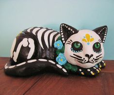 Day of the Dead SKELETON Kitty CAT Statue Altar Figurine - may need this.