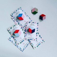 Brosche-Leder 'Cube' von EleonoreBougeant auf Etsy