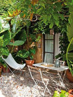 Tuin inspiratie uit #spanje. Voor meer #tuintrends kijk ook eens op http://www.wonenonline.nl/tuinieren/
