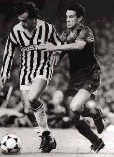 Julio Alberto marcando a Platini(Juventus)