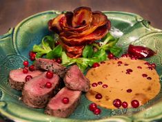 Snack Recipes, Snacks, Hummus, Starbucks, Bacon, Food And Drink, Beef, Chicken, Ethnic Recipes