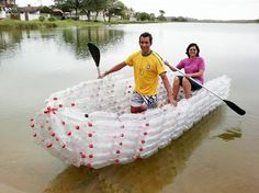 5 barche, canoe o kayak realizzate con le bottiglie di plastica