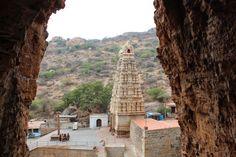 Yaganti Uma Maheswara Swamy Temple | Highway - the only way !